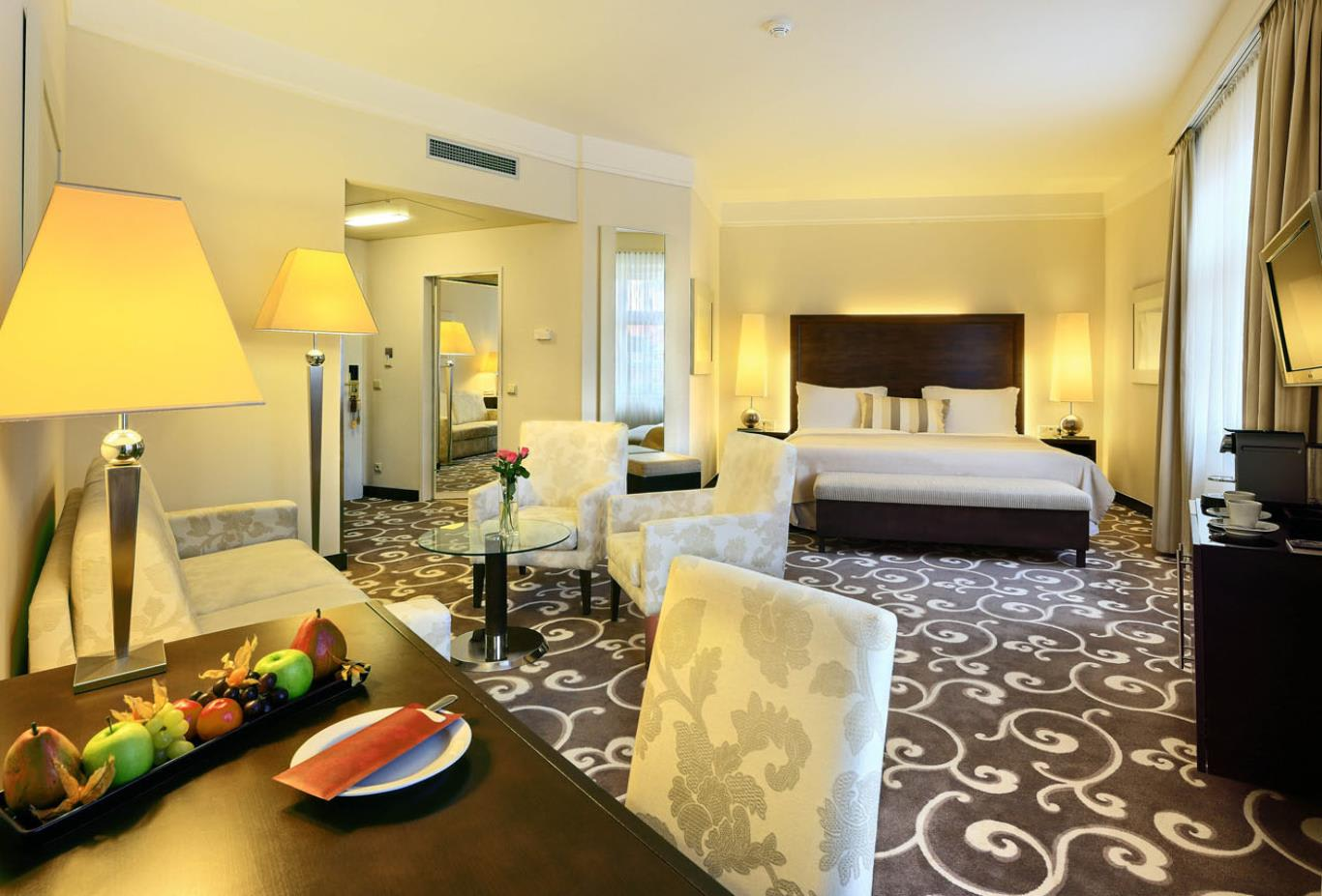 Rooms - Executive Room