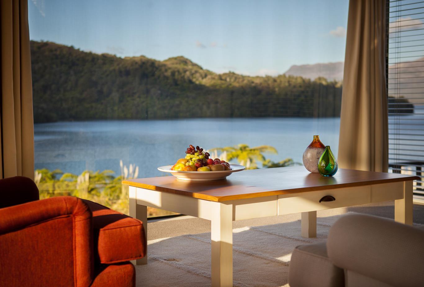 Tarawera-Suite-Lounge