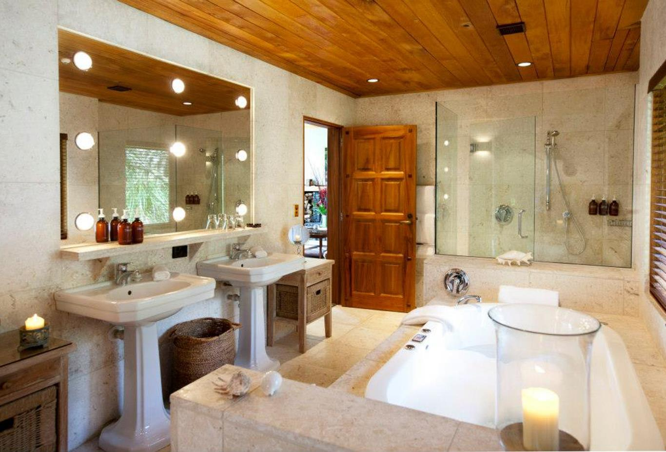 Valley Villa Bathroom