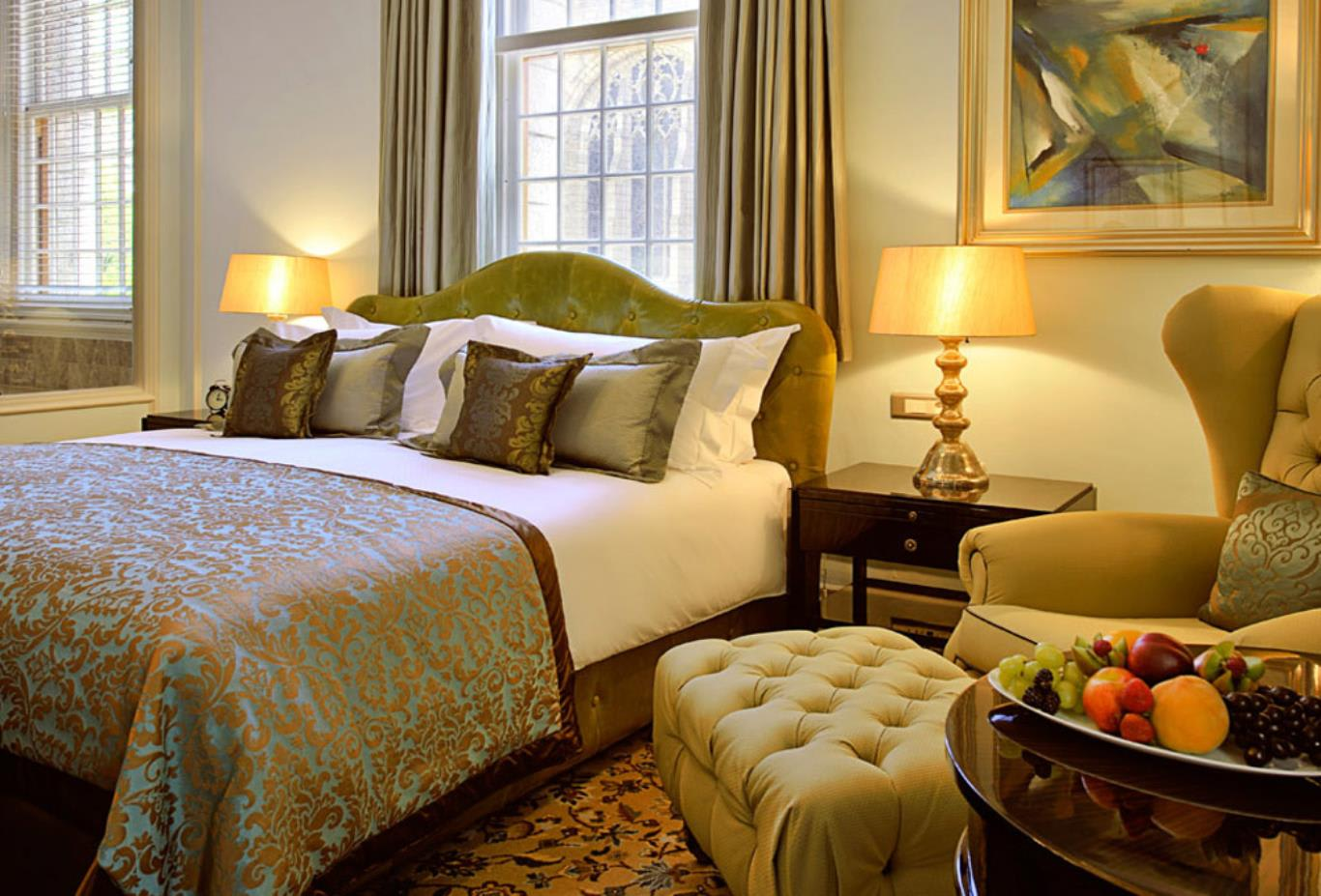 Luxury-Heritage-Room