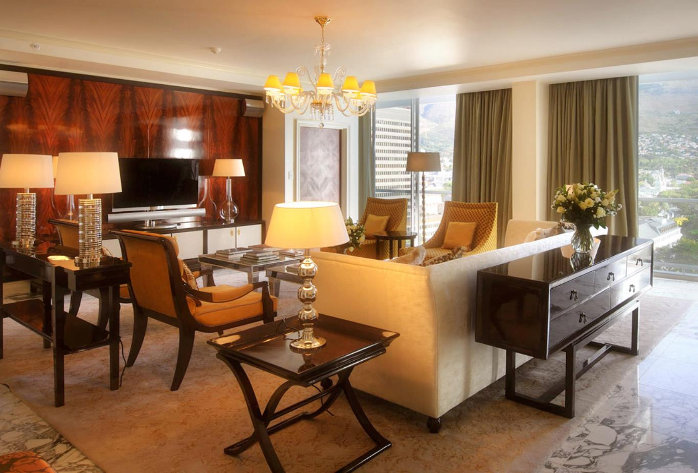 Presidential-Suite-Living
