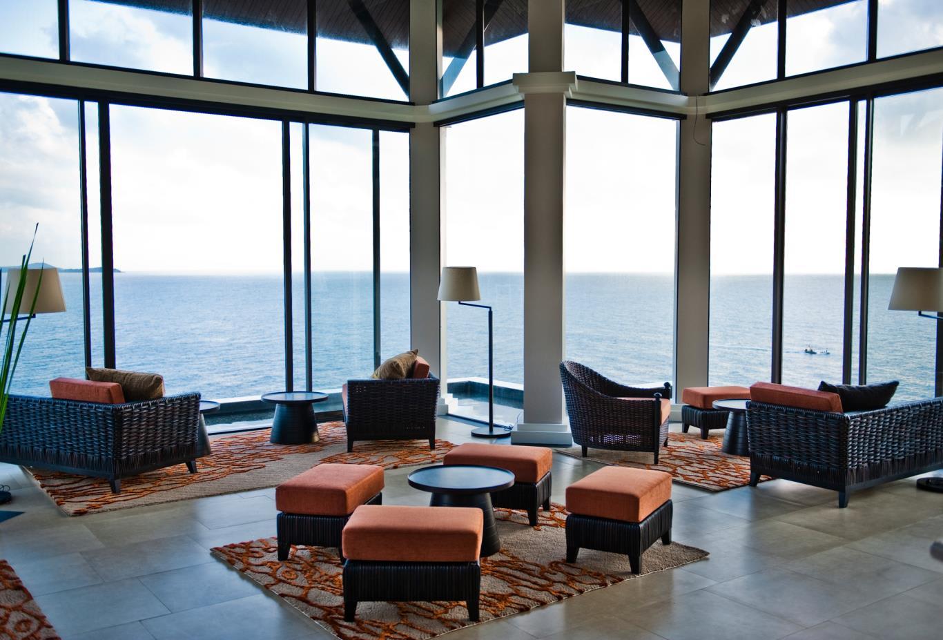 Lobby Lounge restaurant