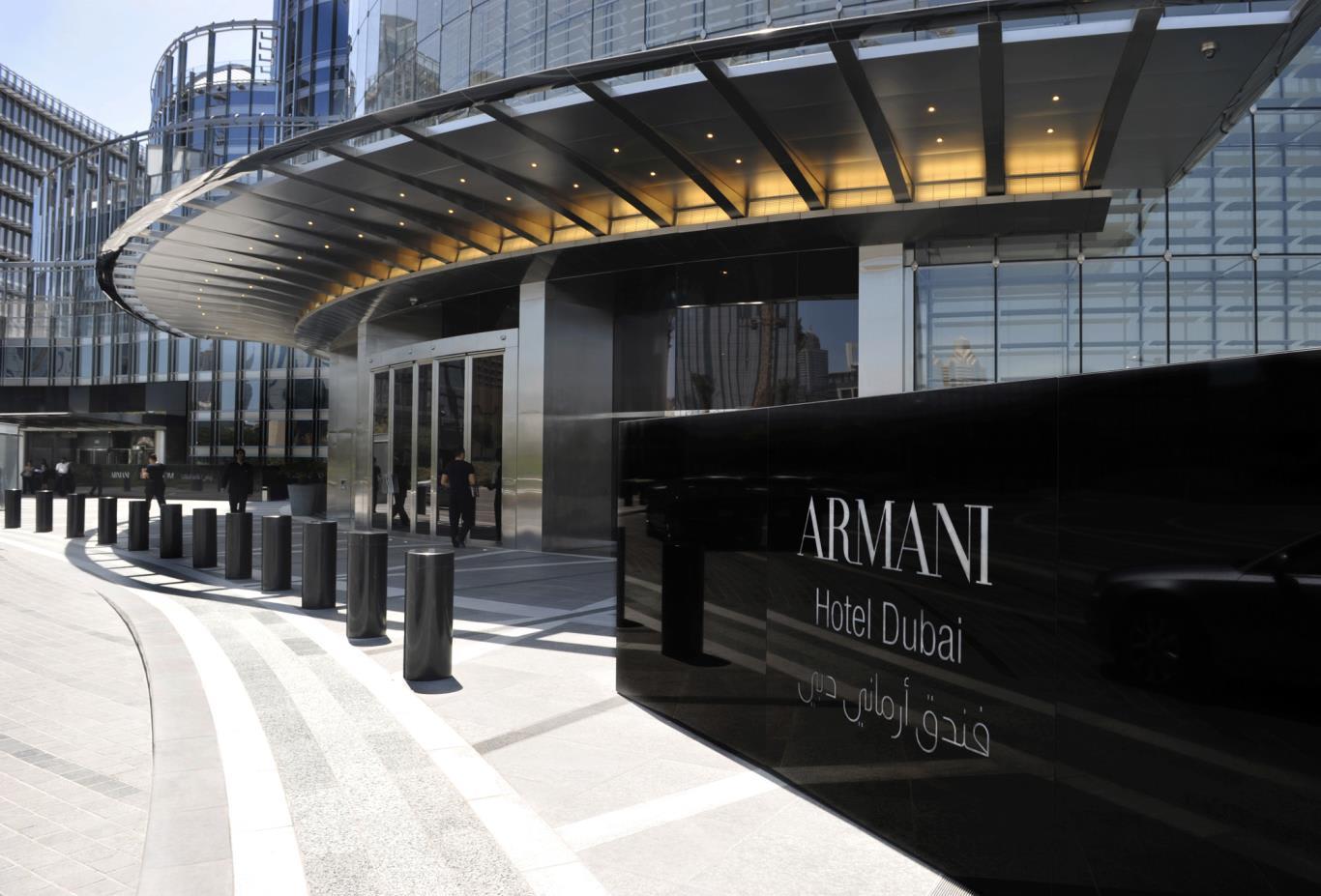 Armani-Entrance