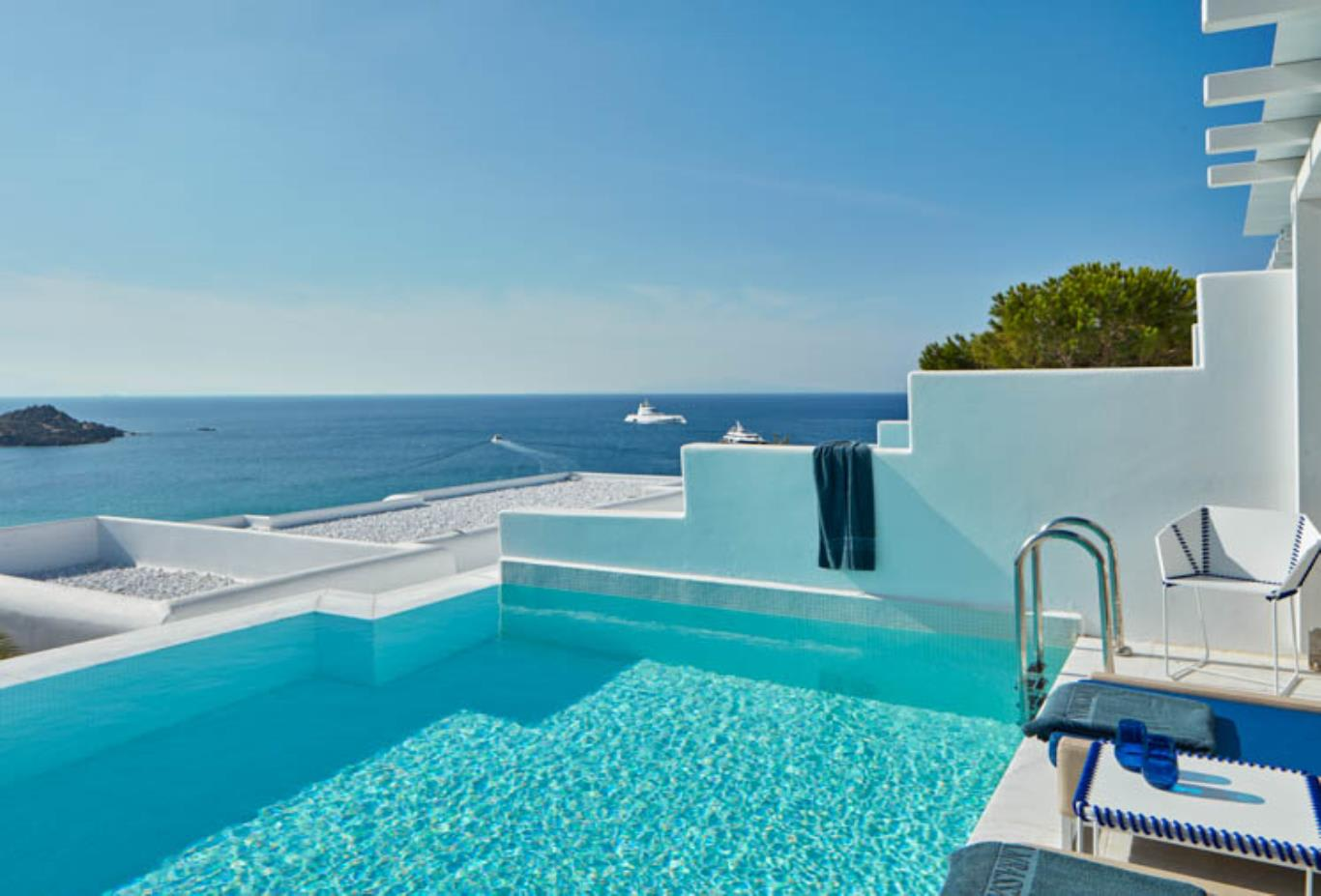 White Bliss pool