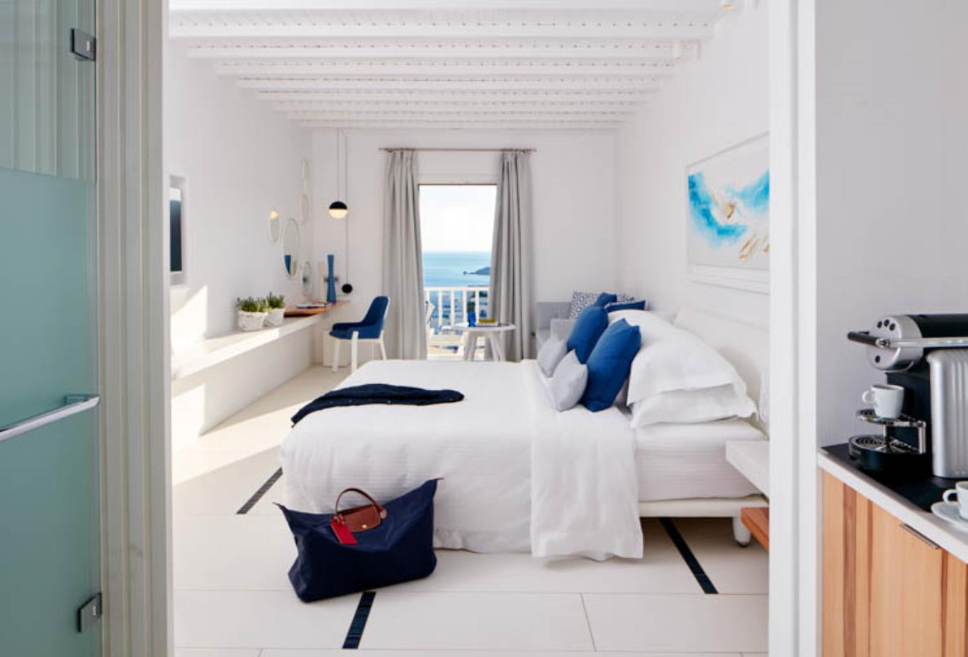 White Bliss room