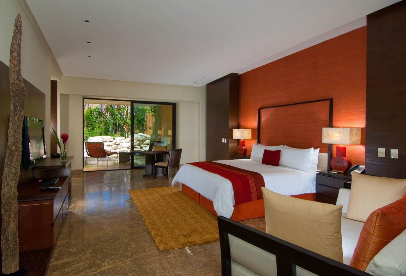 Zen Grande Suite Jungle View