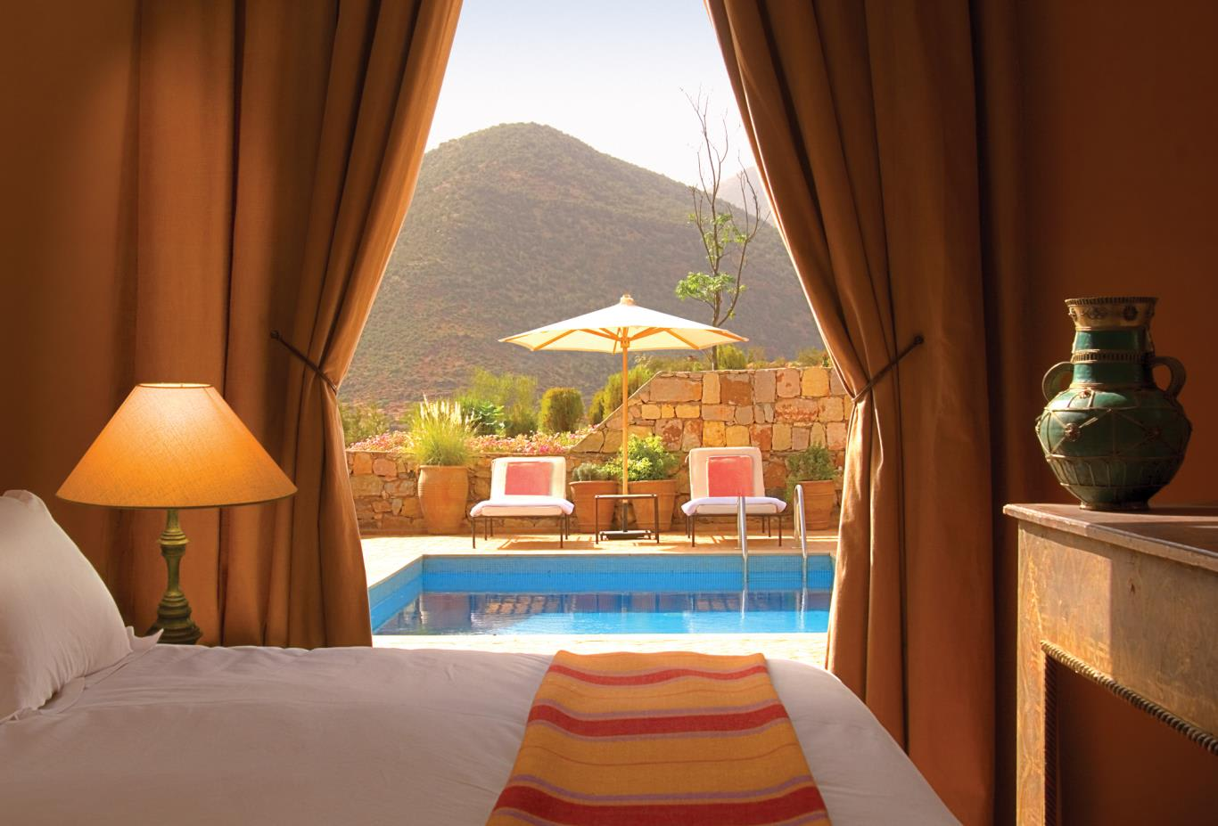 Deluxe-Suite-with-Pool