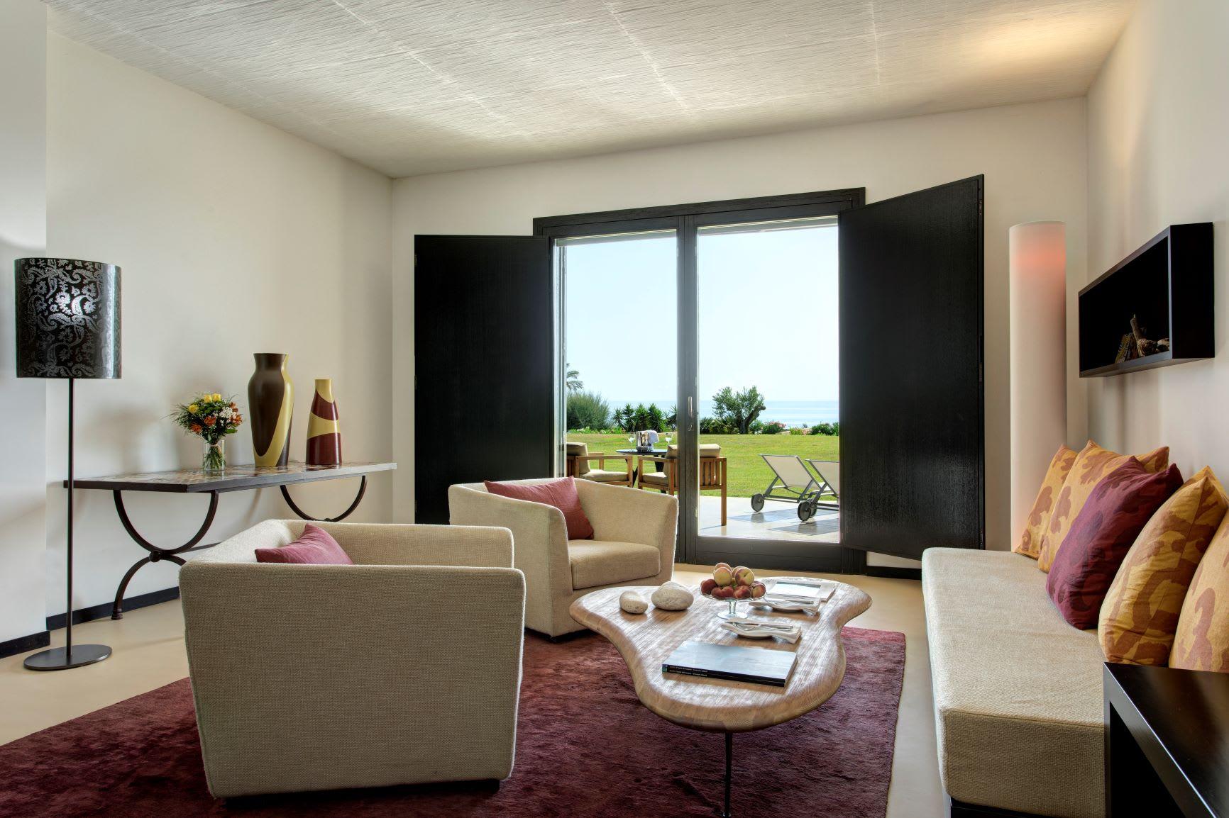 Classic Suite living area