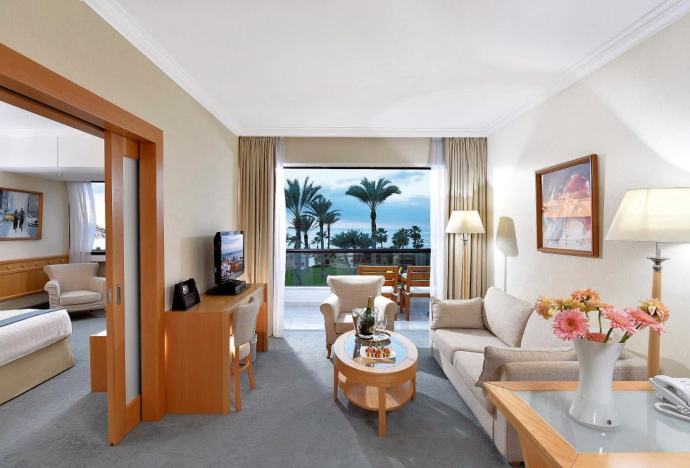 Superior One Bedroom Suite Front Sea View