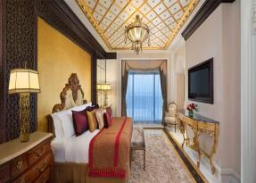 Grand Imperial Suite bedroom