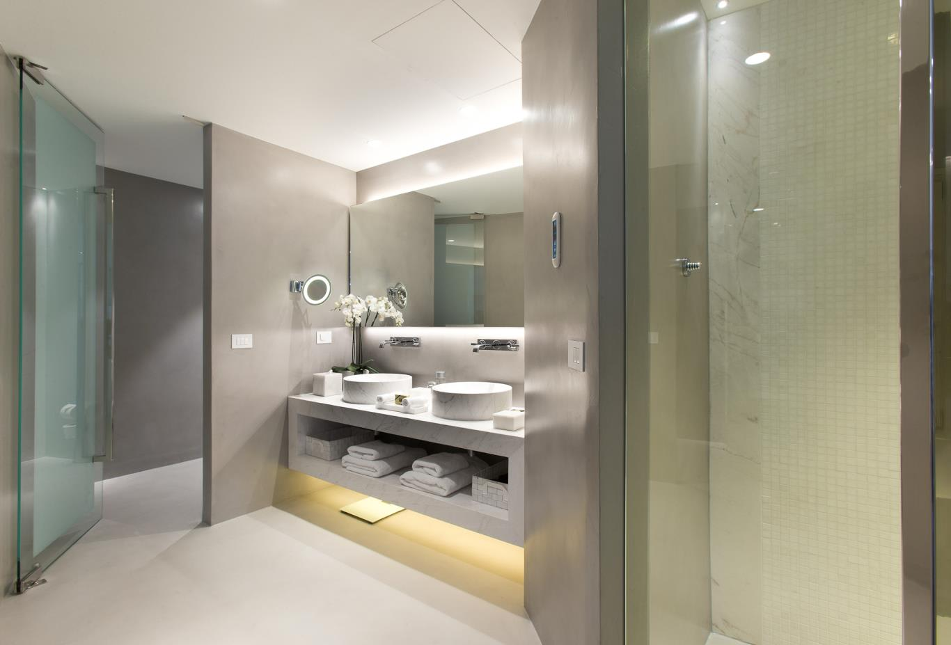 VIP Suite bathroom