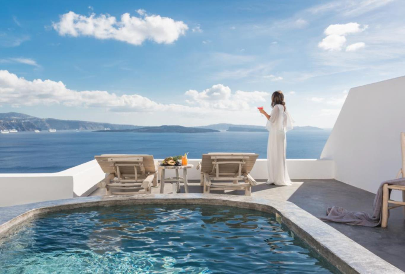Pythia Suite pool and view