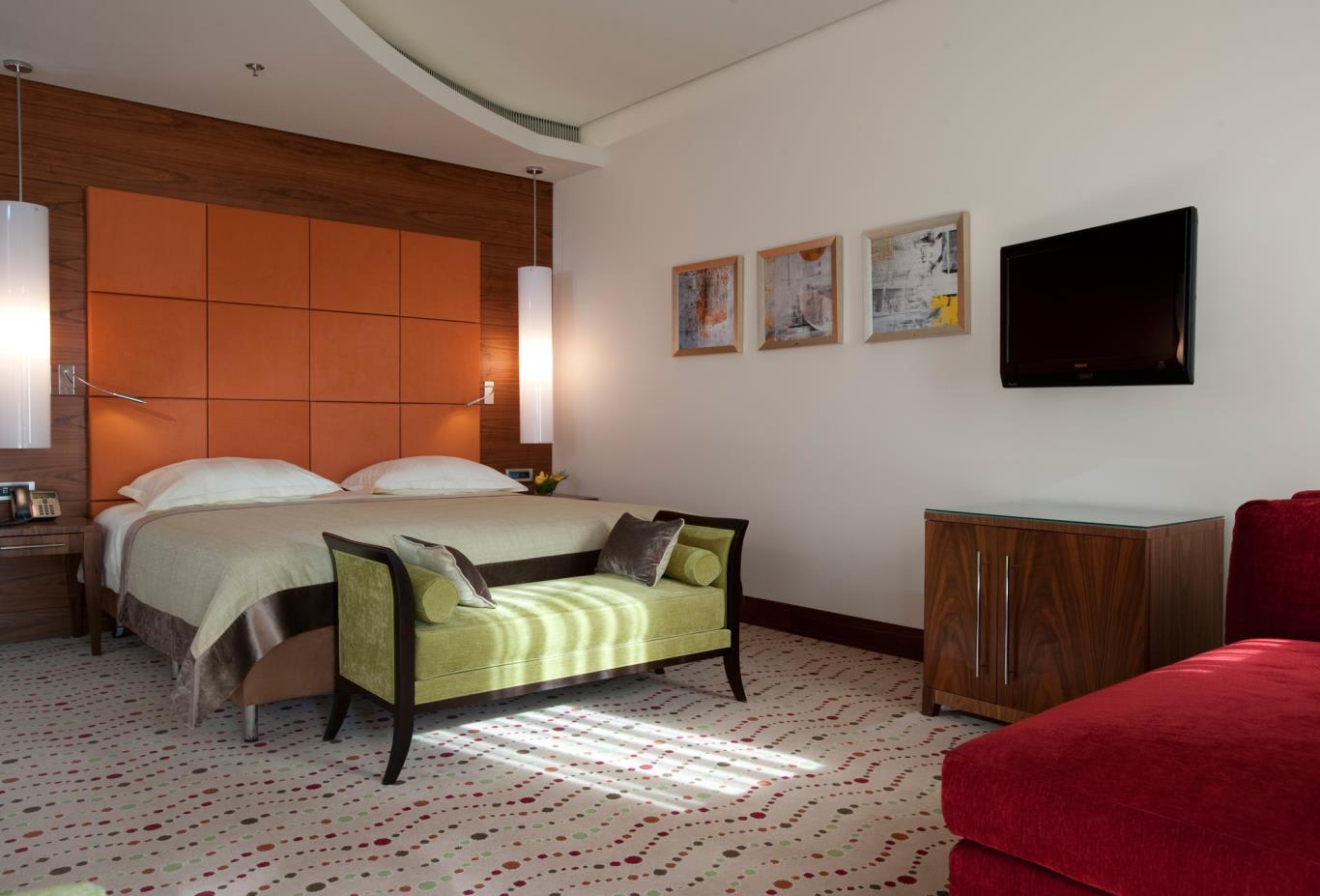 Executive-Room-Bedroom