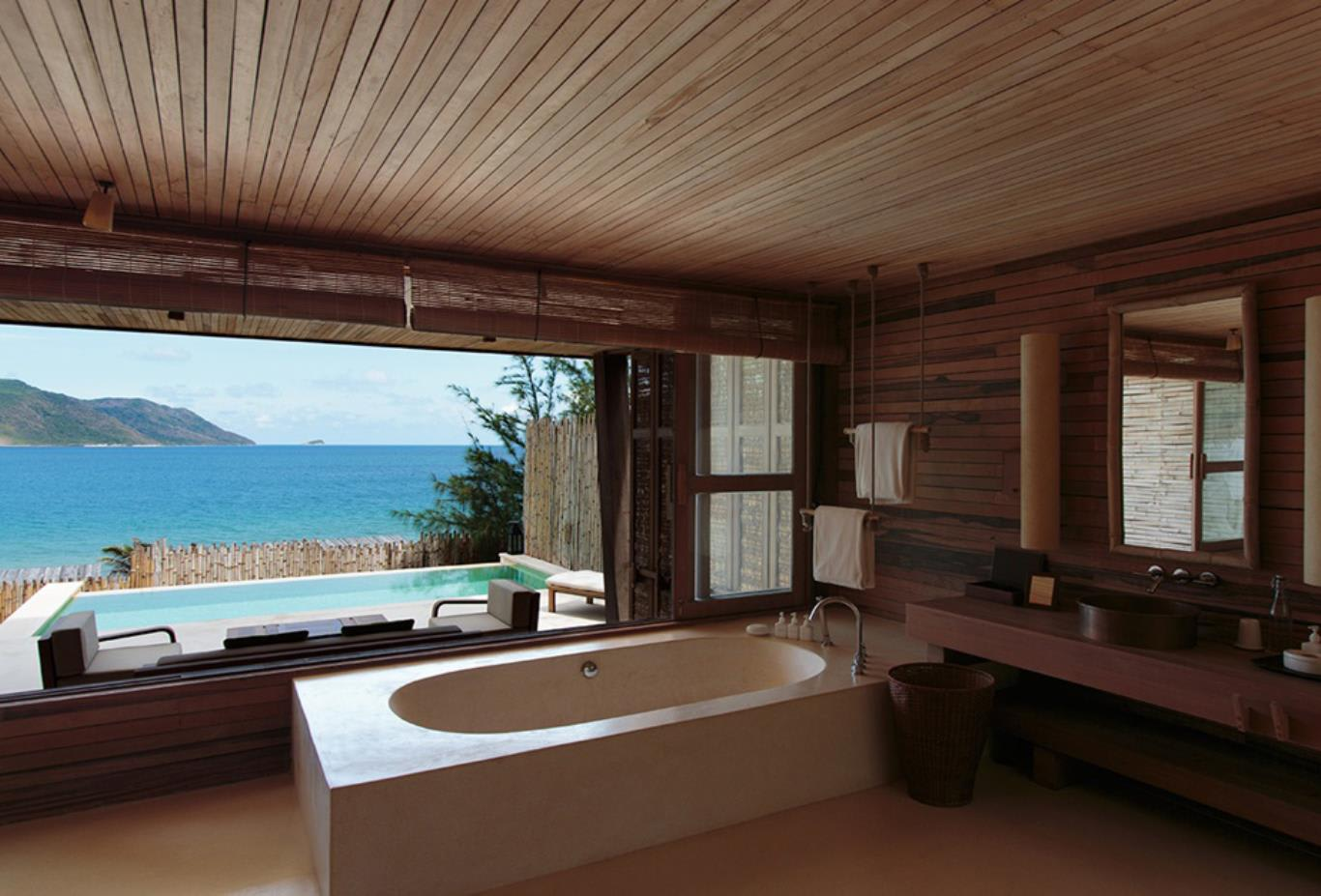Ocean View Duplex Pool Villa bathroom