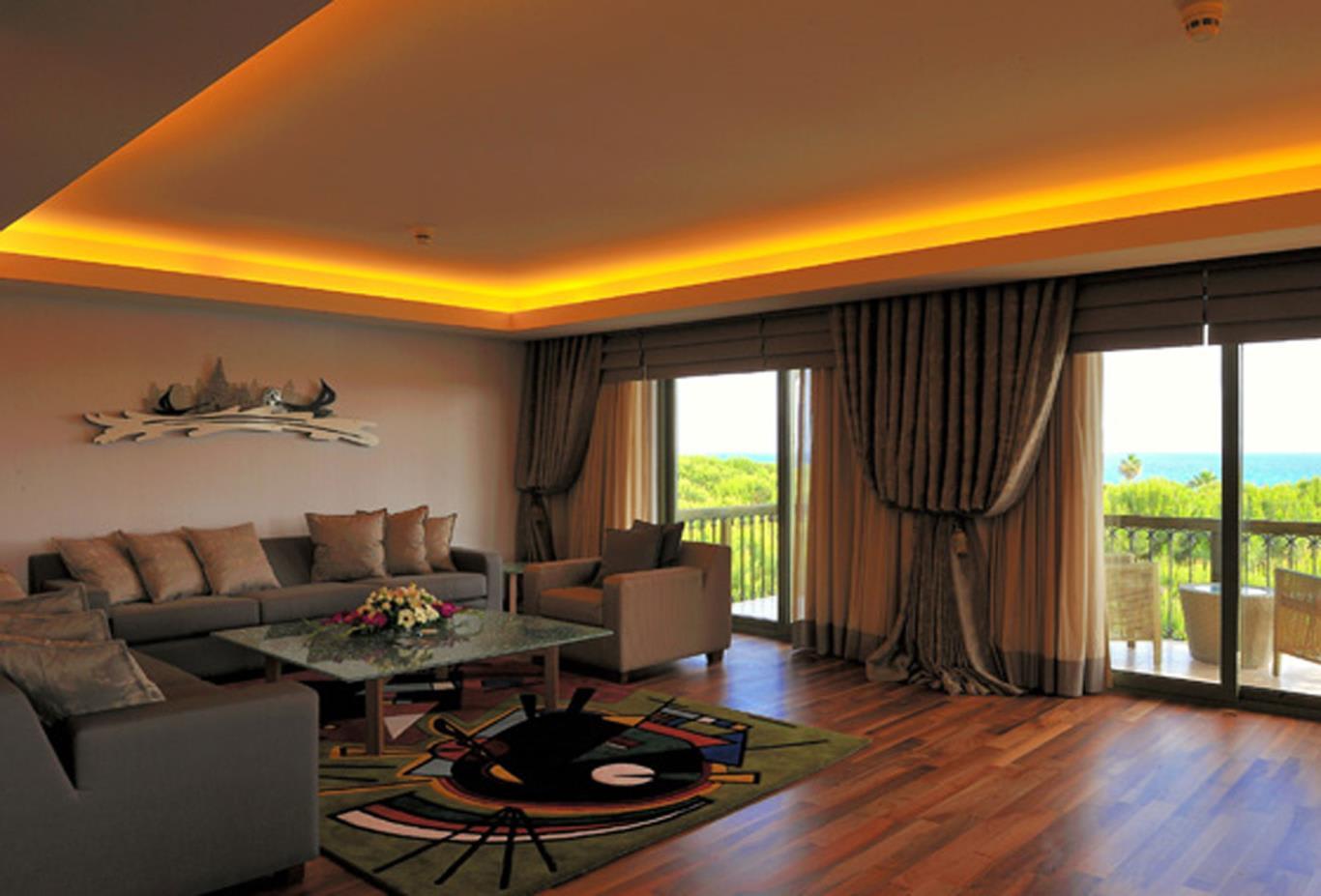 King Suite Sitting Room