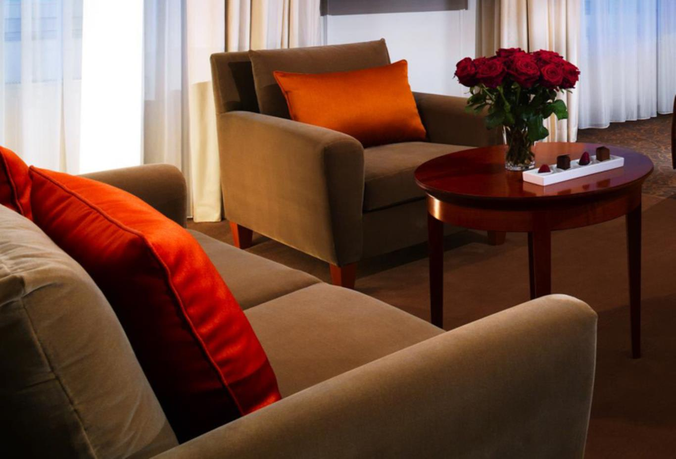 Executive Double or Twin Room seating