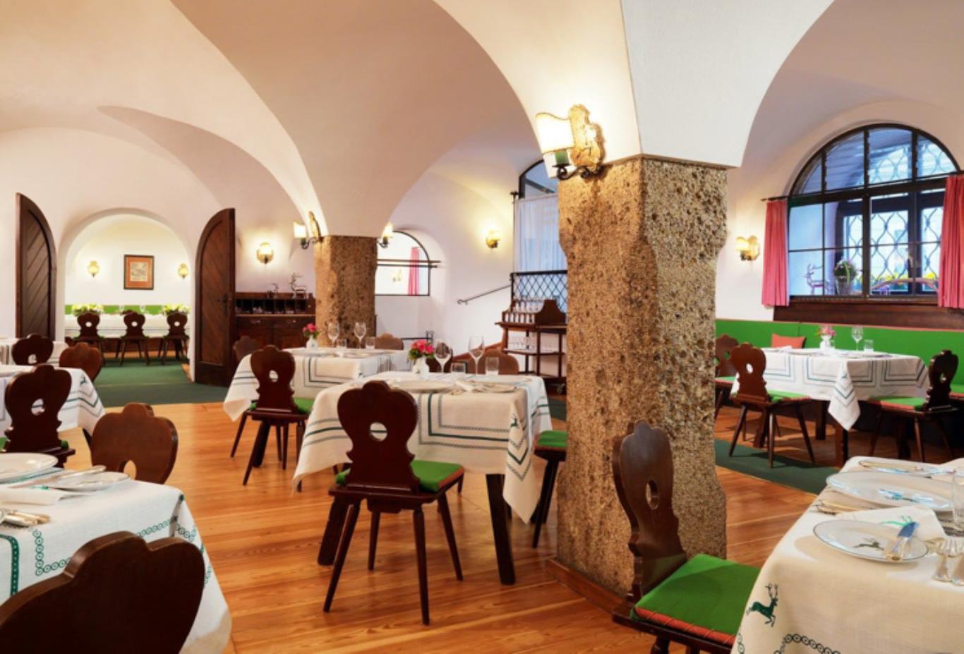 Restaurant-Goldener-Hirsch