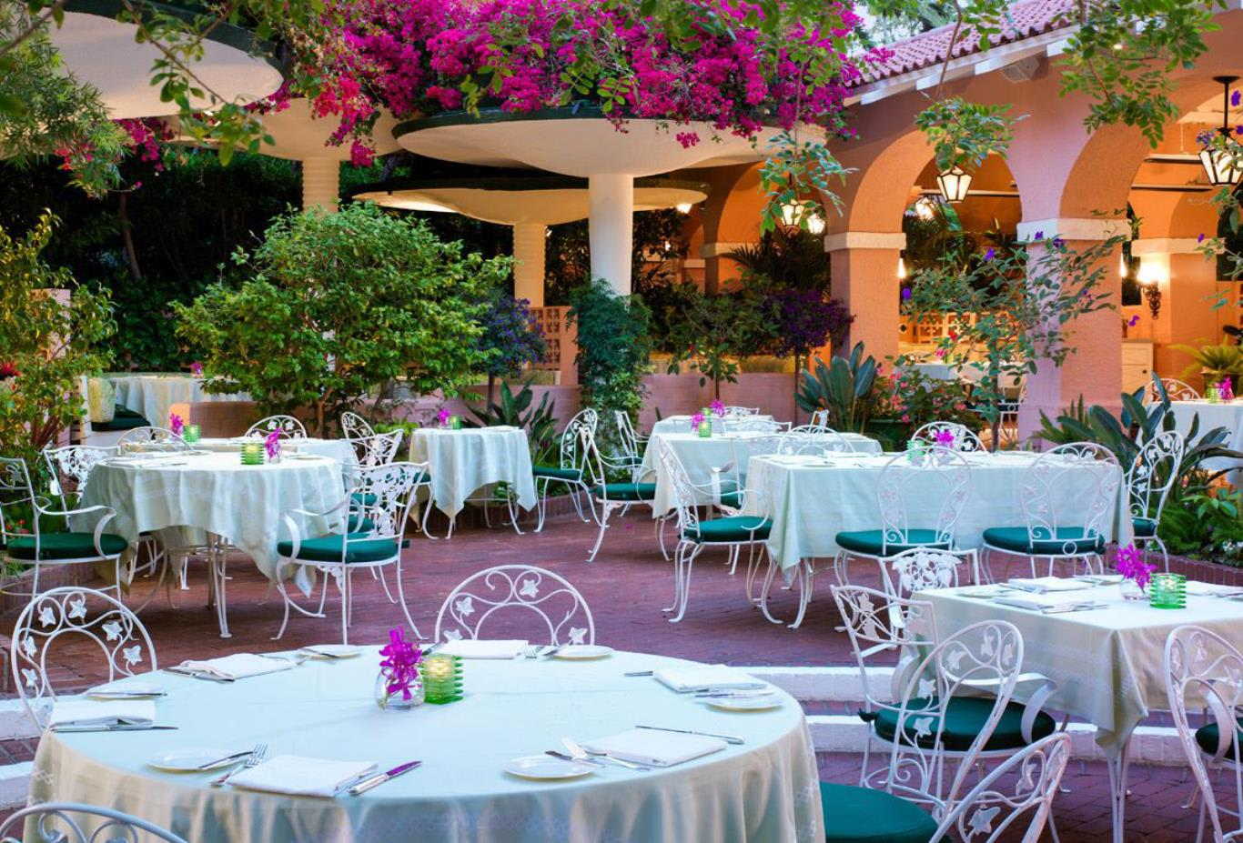 Beverly_Hills-Polo-Patio