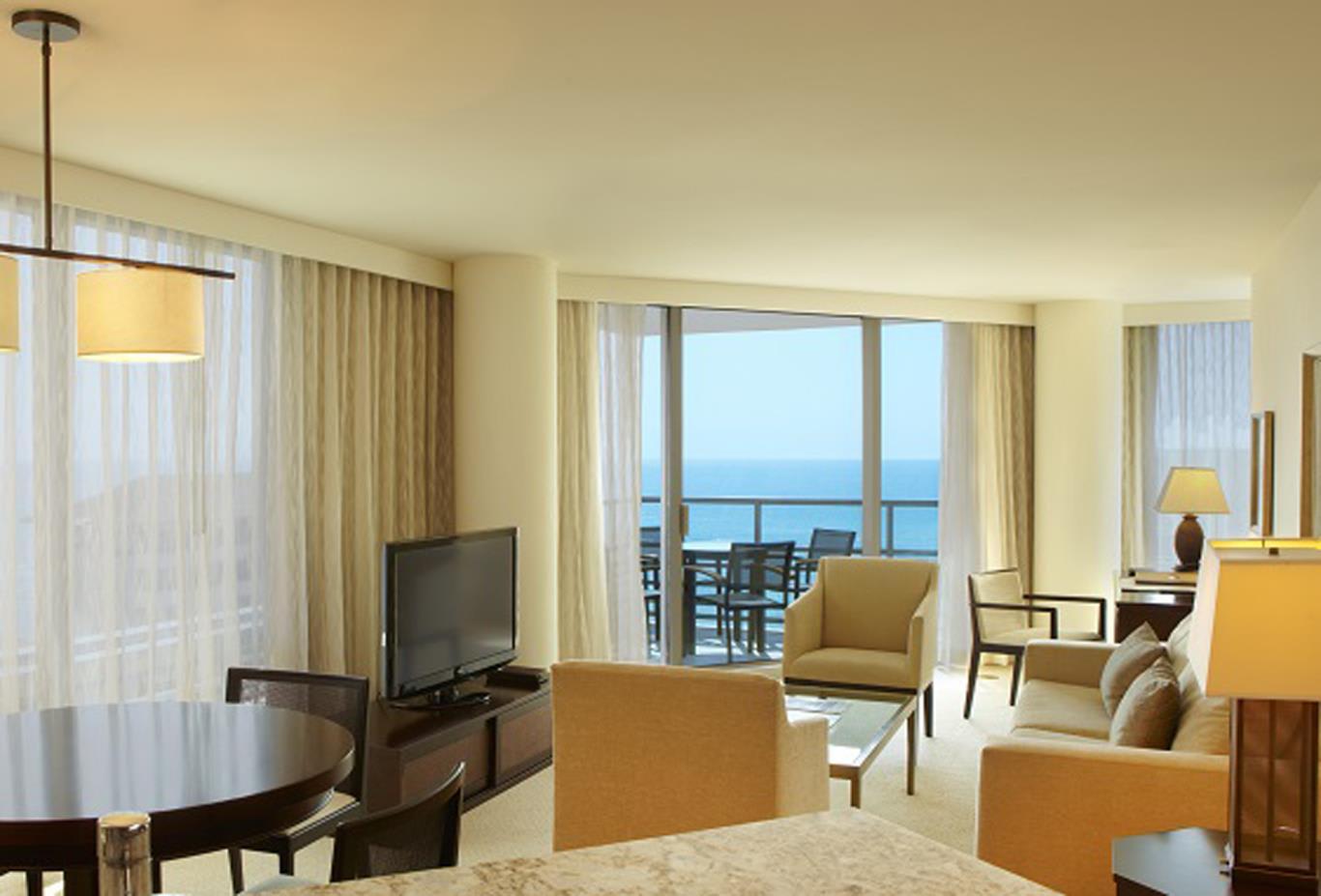 Deluxe One Bedroom Partial Ocean View