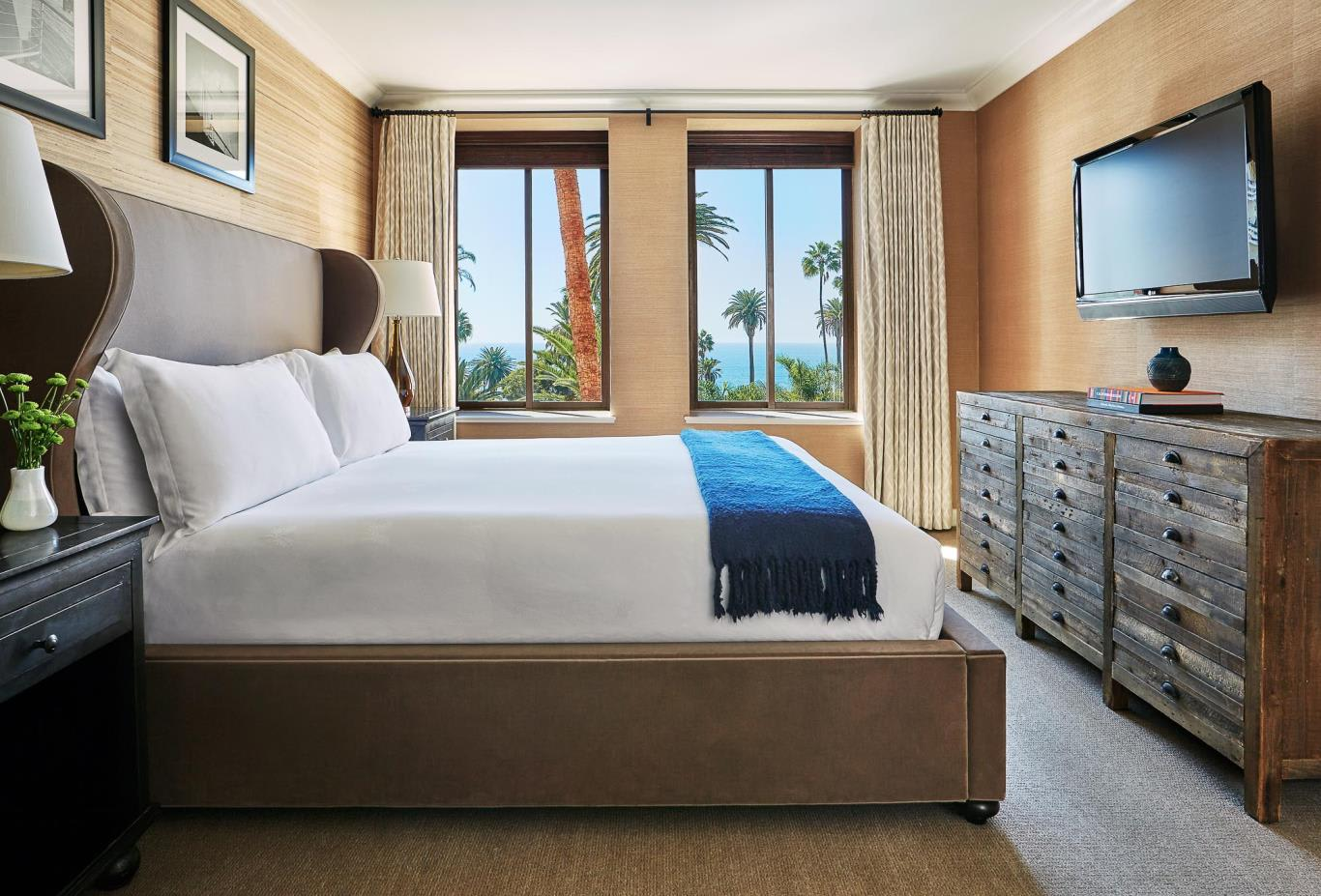 Signature Ocean View Suite bedroom