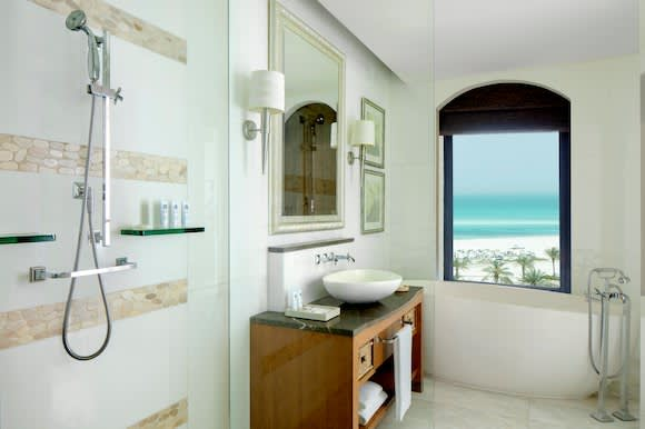 Premium sea view bathroom