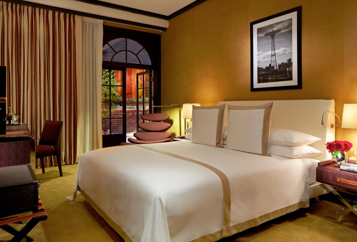 Grand Deluxe Room with Terrace Bedroom