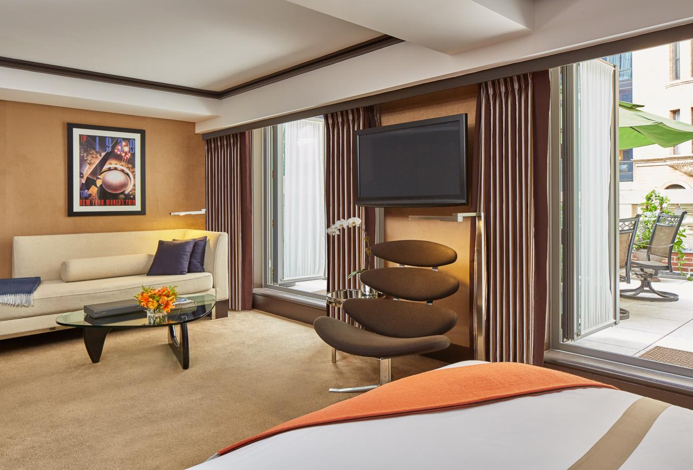 Junior Suite King with Terrace Sanctuary Suite