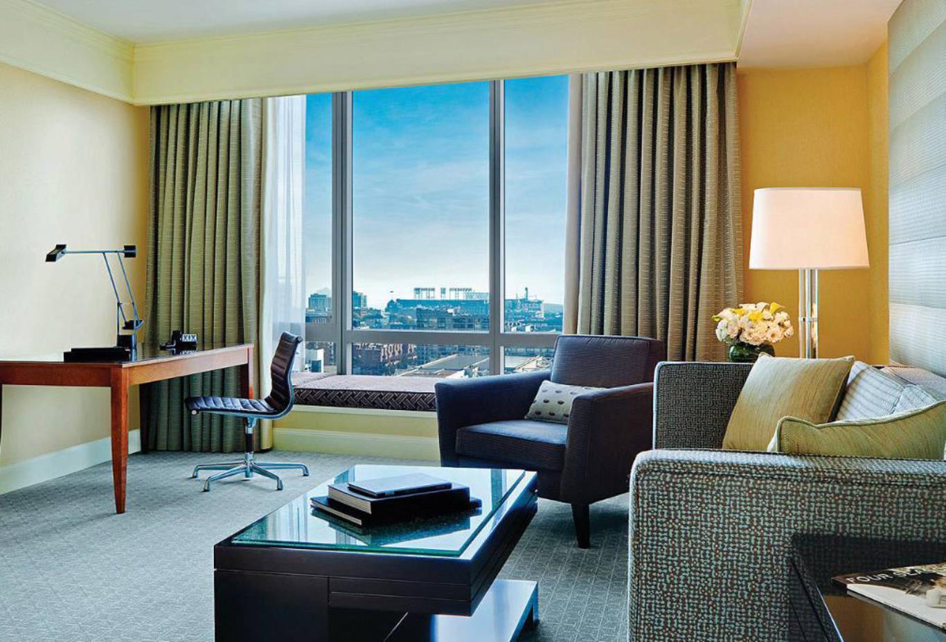 Superior Four Seasons Executive Suite Living Room