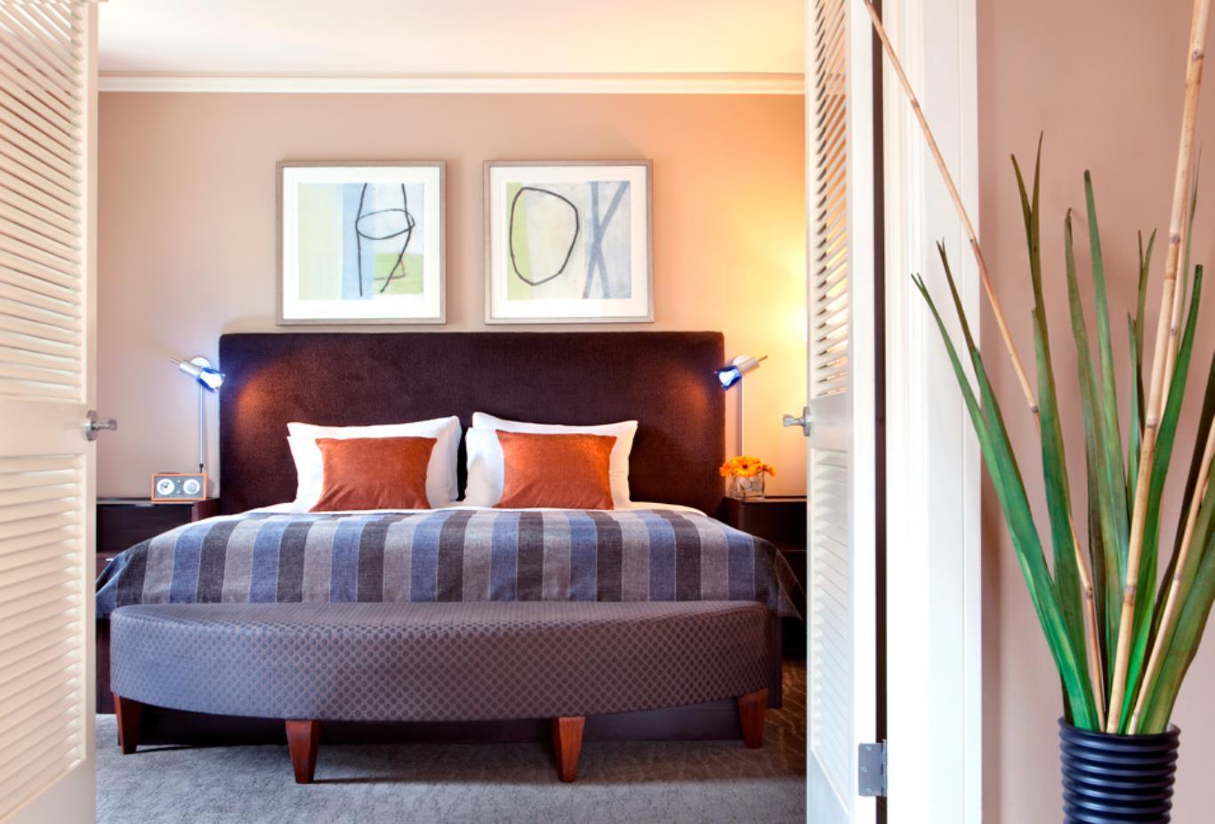Lux Suite Bedroom