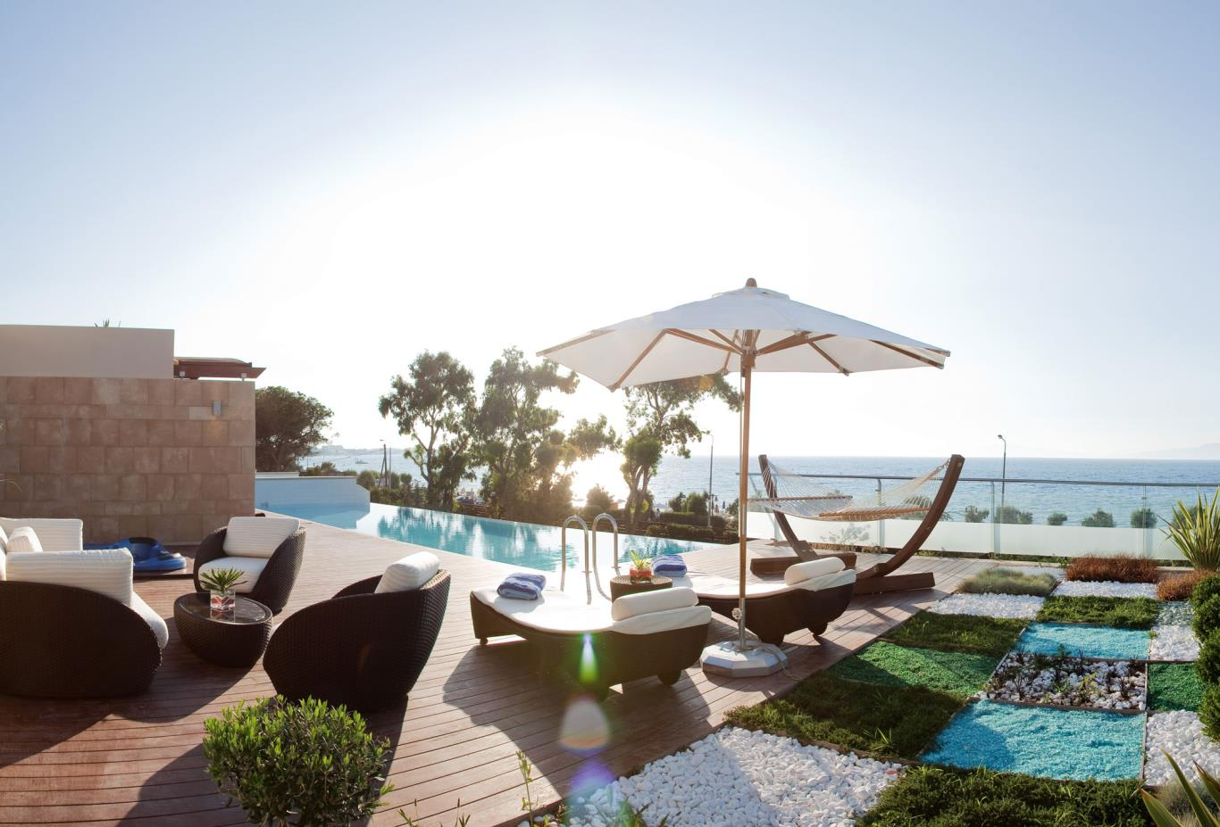 Presidential-Suite-Private-swimming-Pool-and-Terrace-Panoramic