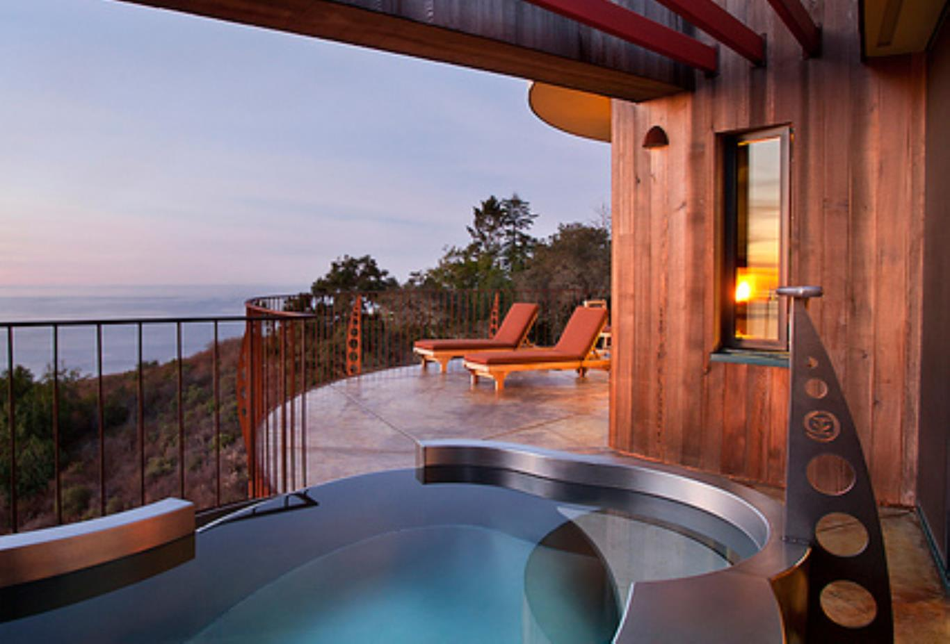 Pacific Suite pool
