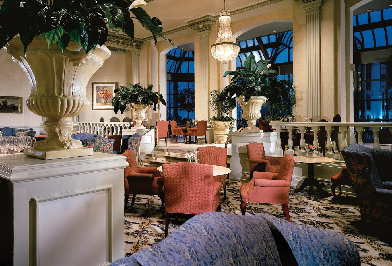 Zoe's Lounge