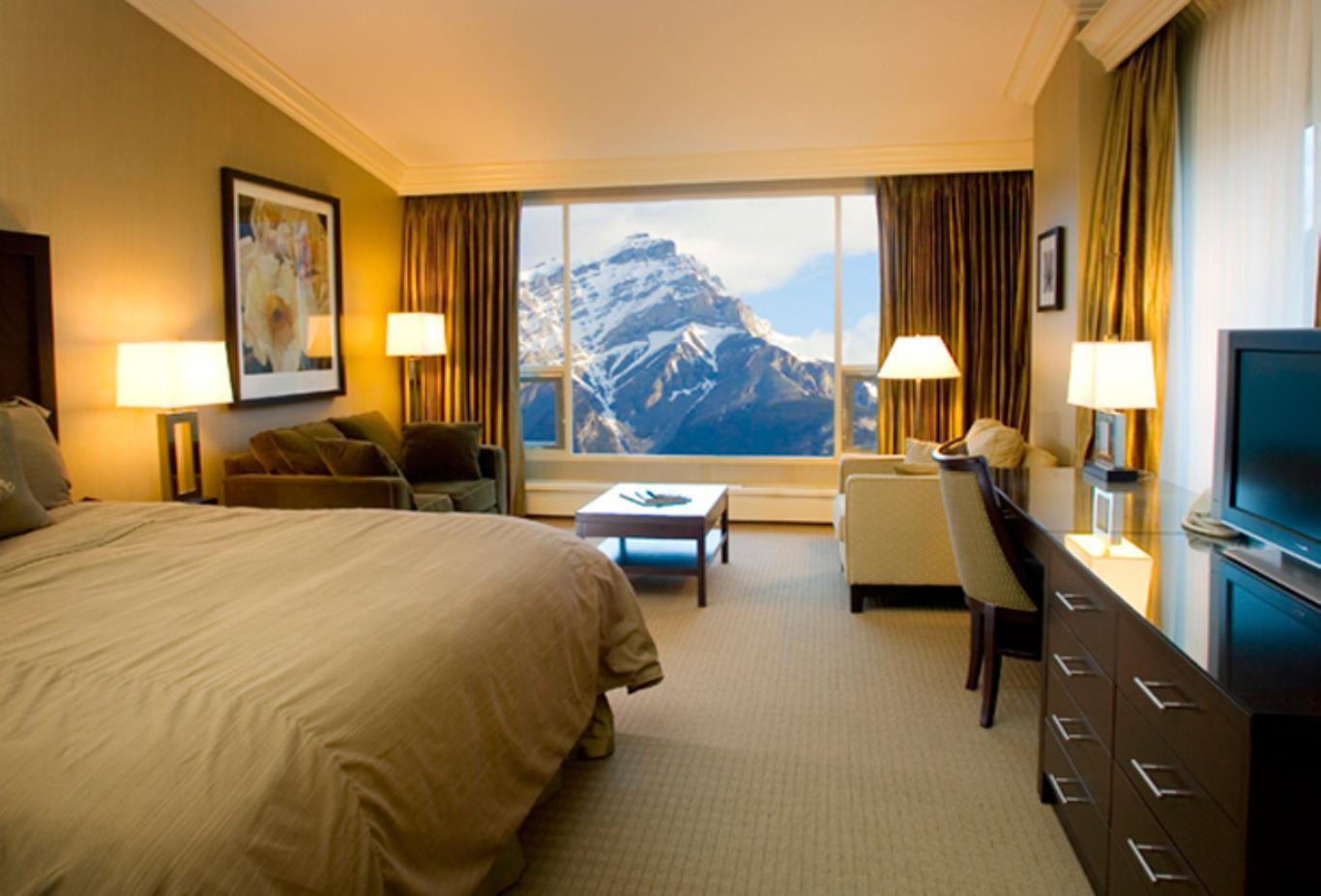 GrandView Elegance Room