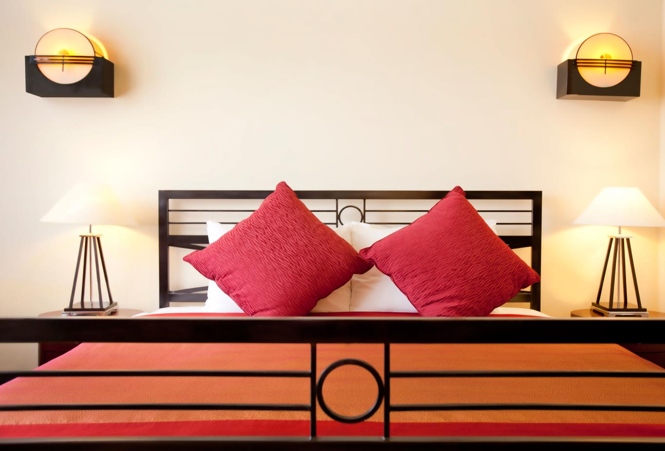 Deluxe-Colonial-Chambre-Rouge