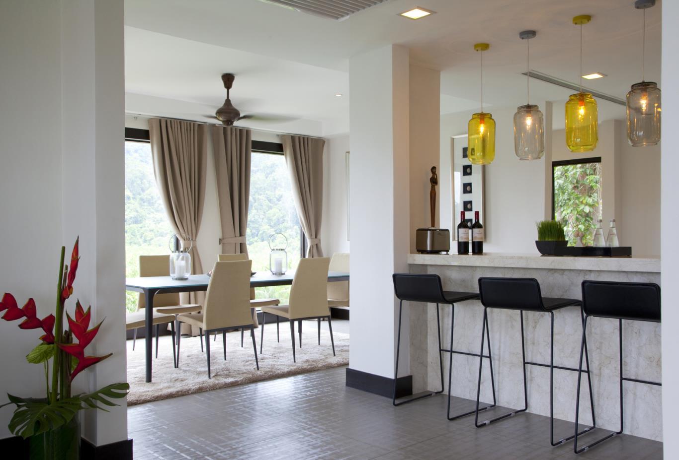 Suria-Suite-Bar-Area