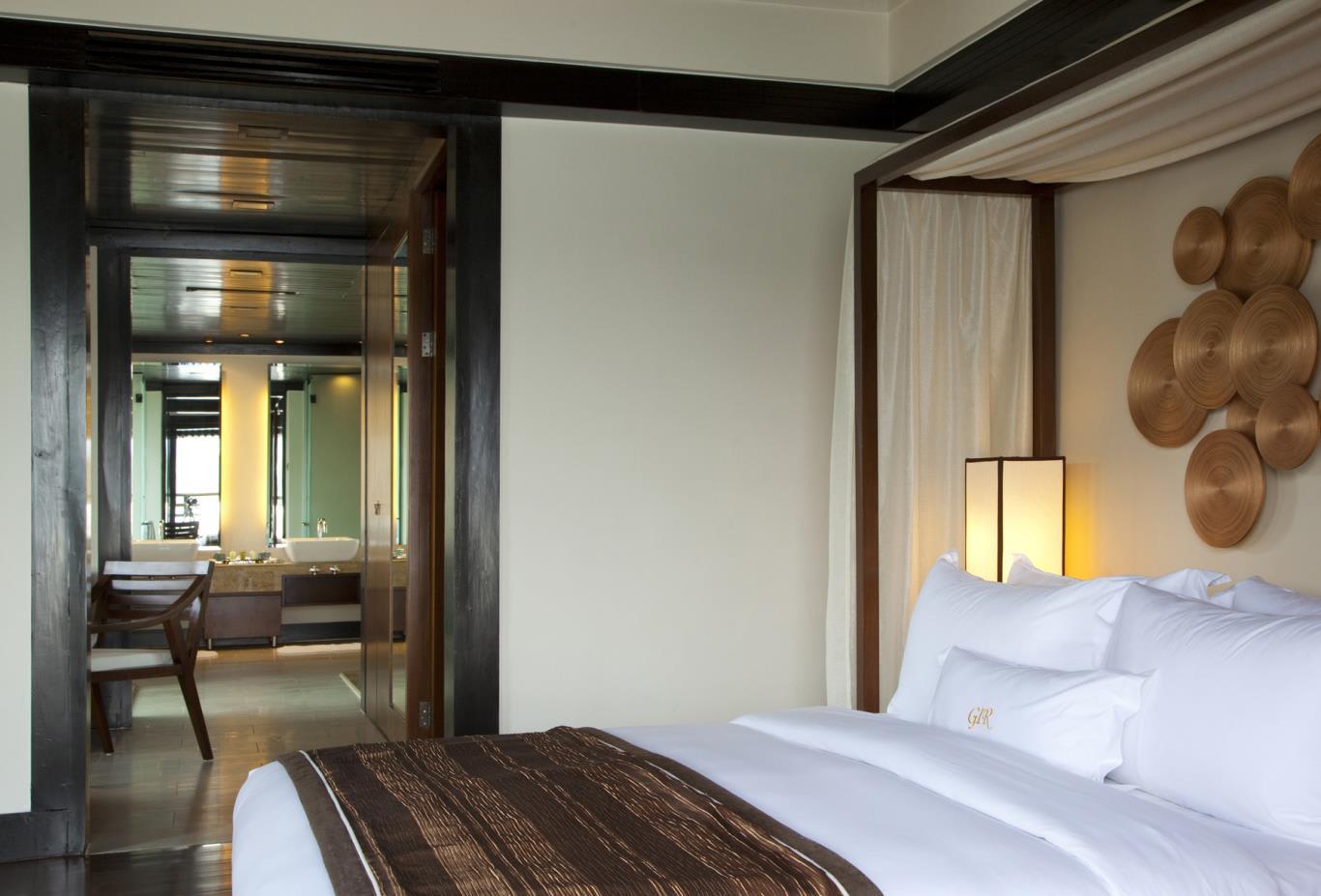 Suria-Suite-Bedroom