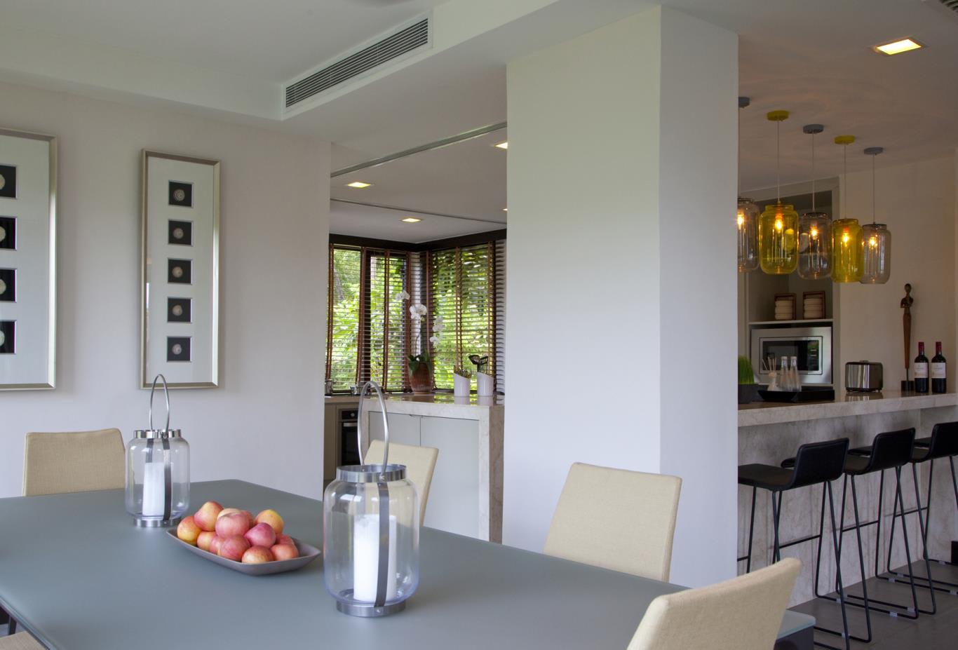 Suria-Suite-Dining-Area