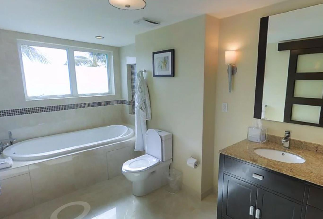 Two Bed Bay View Suite Bathroom
