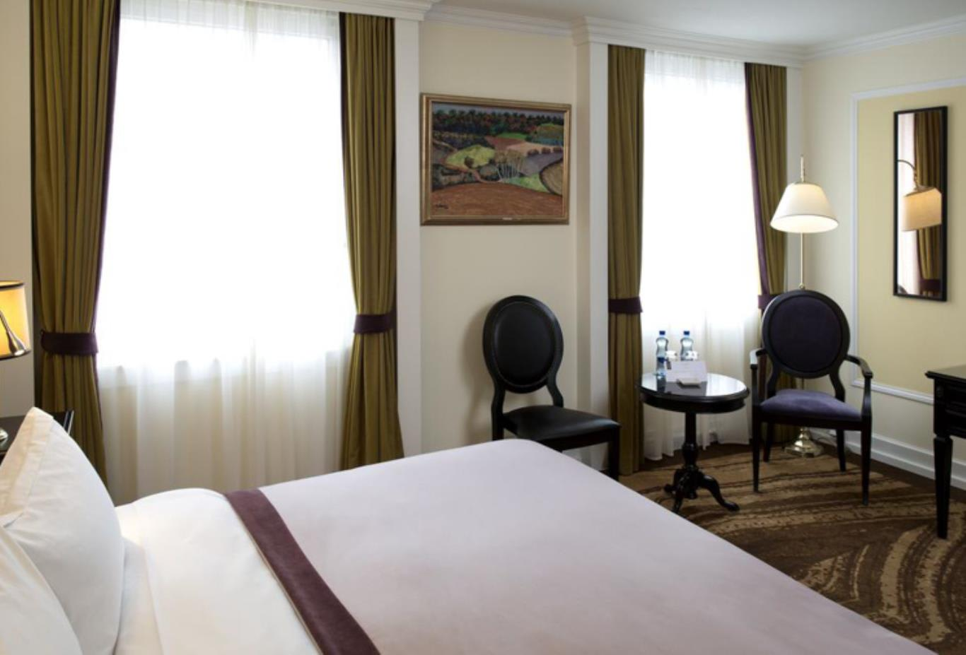 Signature Double Room seating