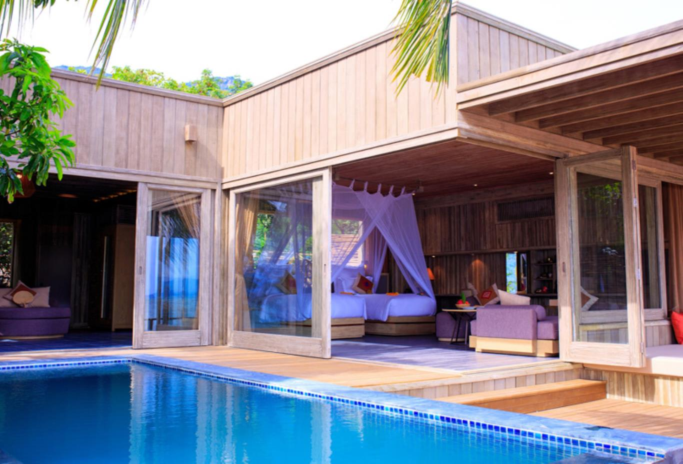 Beachfront Pool Villa 6