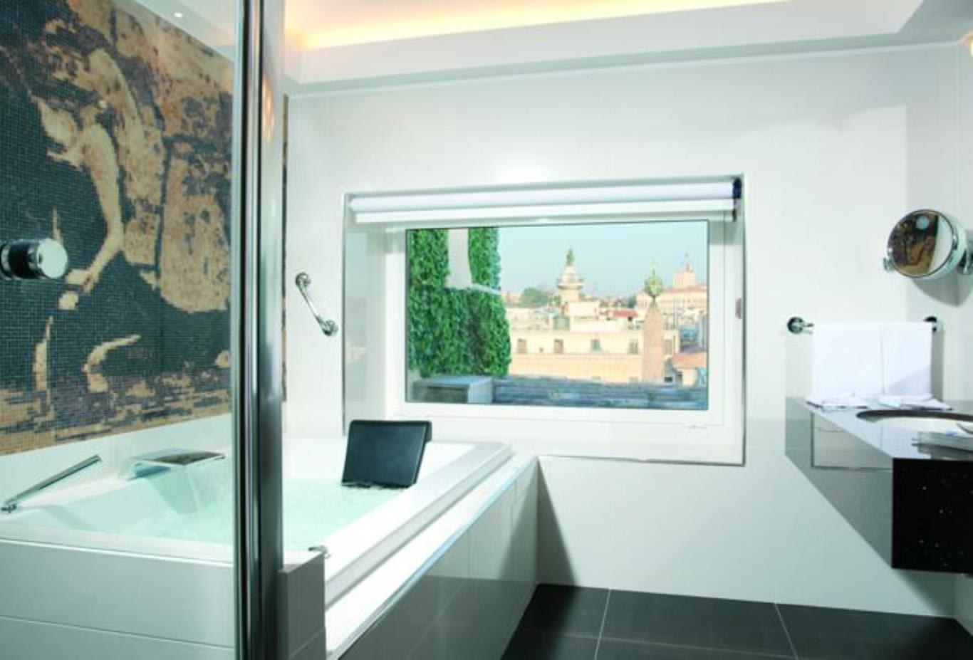Suite Spa bath