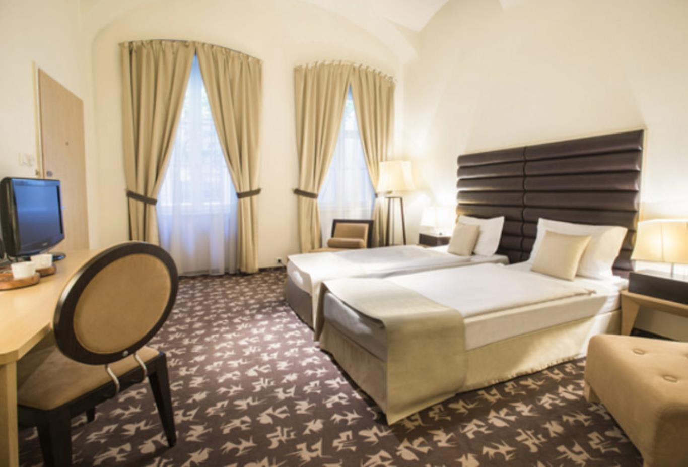Superor-Room-twin-beds