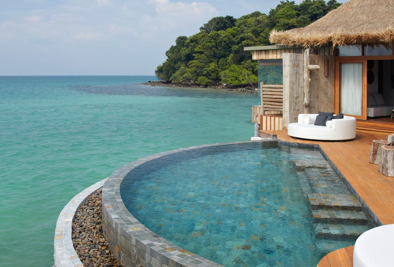 Villa-overwater-villa-pool-villa-2