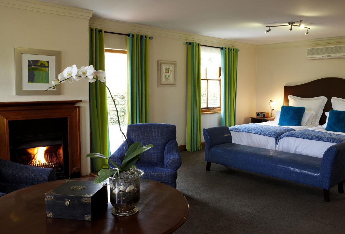 Auberge-Luxury-Room