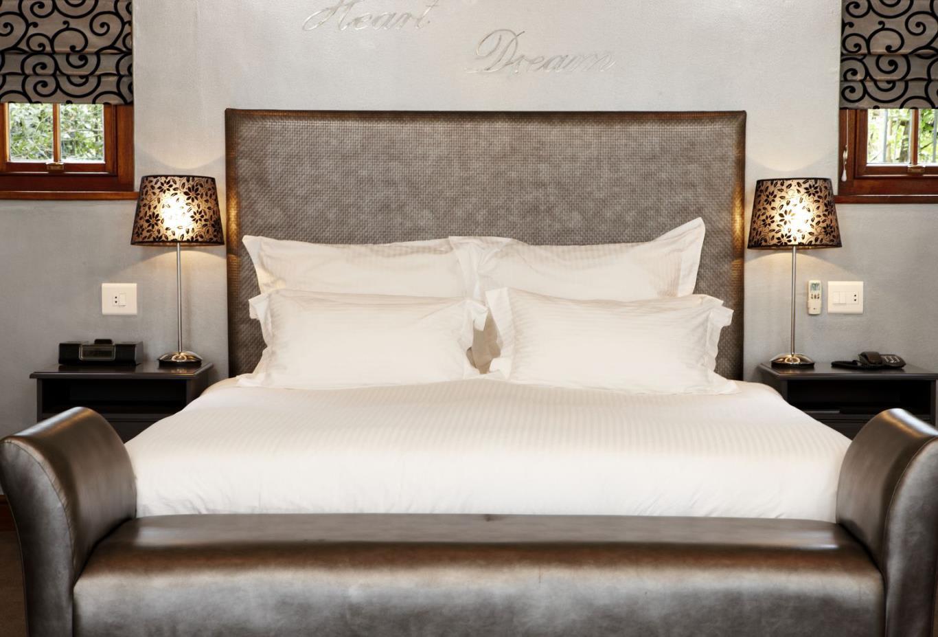 Grande-Room-Bedroom
