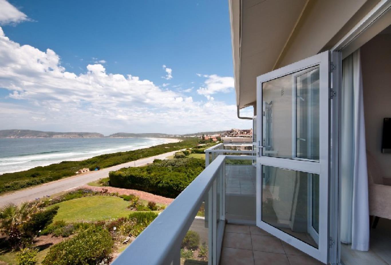 Beach-Head-Villa-Balcony