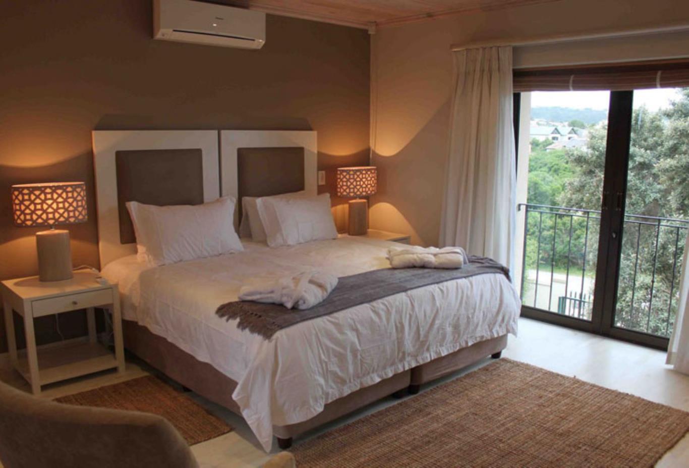 Cordovan-Villa-Bedroom