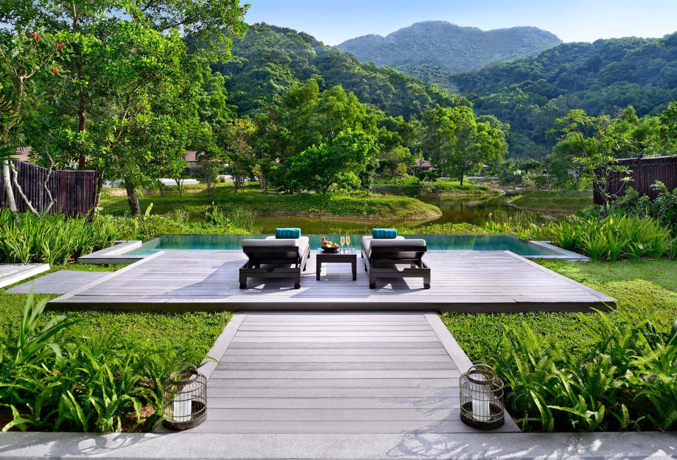 Lagoon Villa Pool