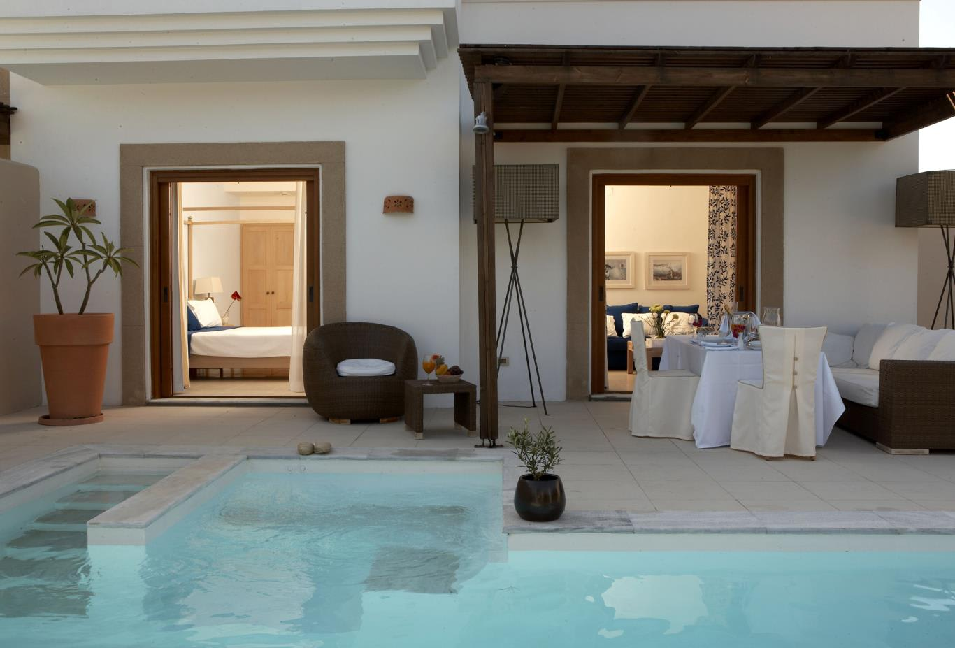 River-Passage-Pool-Suite