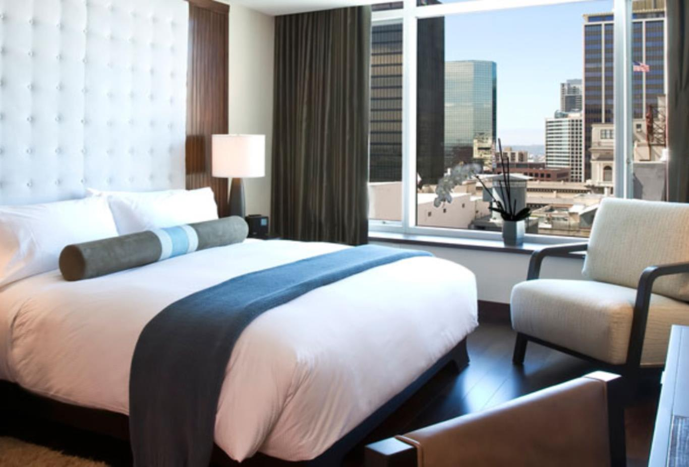 Skyline Guest Room
